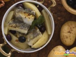 Baccalà con patate e olive
