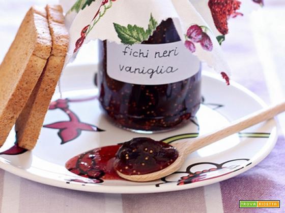 Marmellata di fichi neri e vaniglia