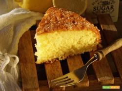 Lemon drizzle cake, un classico inglese fatto da un Lolo(rd)