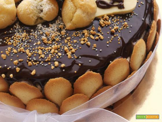 Una torta coi bignè il mio compiblog e la cucina a domicilio