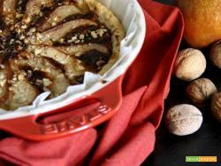 briseè al vino con gorgonzola e mascarpone, pere, noci e un filo di dolce