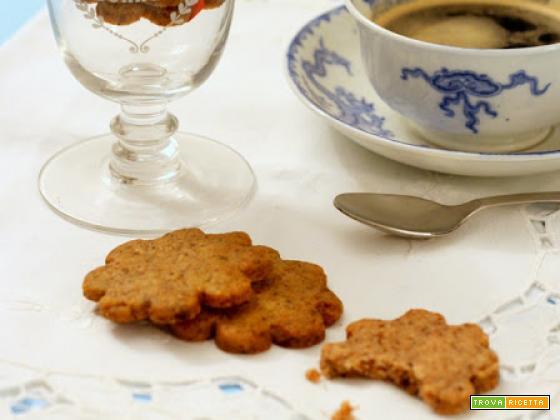biscotti con frolla al cioccolato, nocciole e caffè