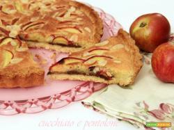 crostata con crema frangipane all'amaretto, pesche e cioccolato, l'ultima per l'mtc