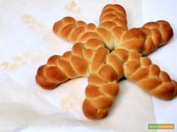 stella intrecciata di pane casereccio