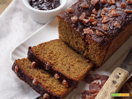 Cake rustico di grano saraceno con confettura di fragole