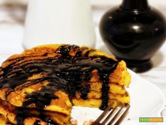 pancakes alla zucca e topping al cioccolato