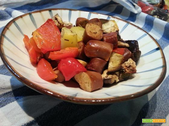 Wrustel di Seitan con patate e verdure al forno