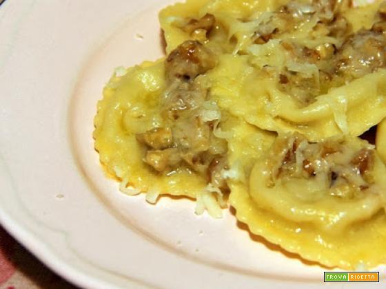 mezze lune agli scalogni e patate