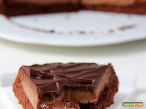 torta nero puro al cioccolato e profumo di caffè