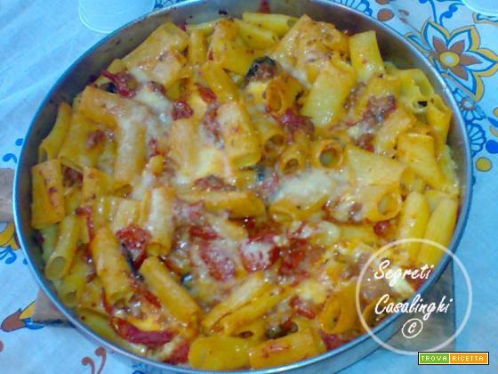 zitoni con mozzarella panna e salsa