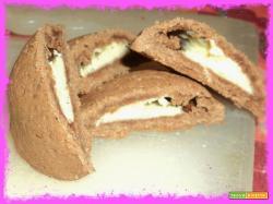 Biscotti con crema al cocco