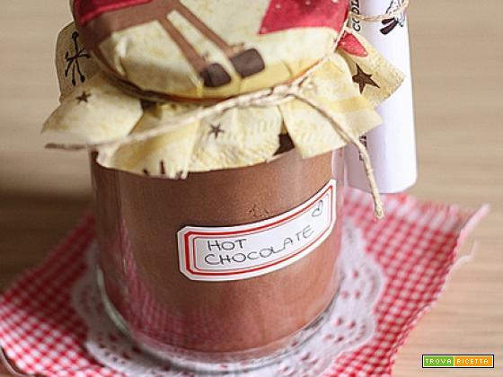 DIY: Hot Chocolate Mix in a Jar
