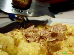 Gnocchi di patate con tartufo bianco di Acqualagna...