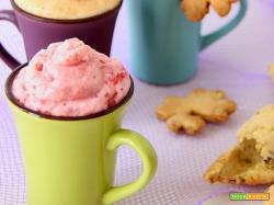 spuma di fragole e melone con biscotti ai pistacchi per un arrivederci a presto