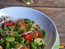 Speciale insalate: Insalata allegra con pane azimo