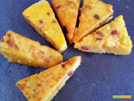 Bastoncini di polenta e jamon, uno snack gustoso!