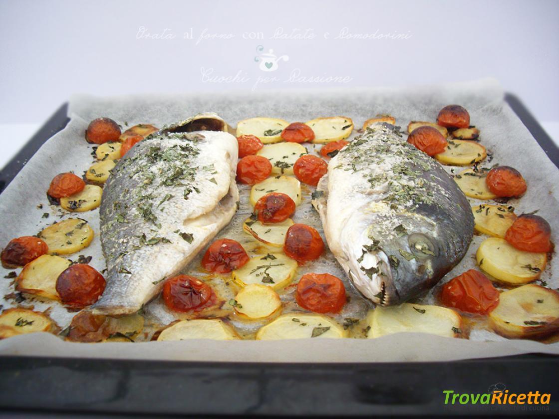 Ricetta Orata Al Forno Patate E Pomodorini.Orata Al Forno Con Patate E Pomodorini Ricetta Trovaricetta Com