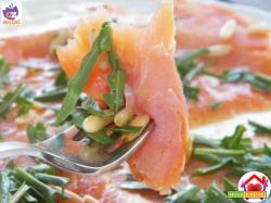Carpaccio di salmone affumicato