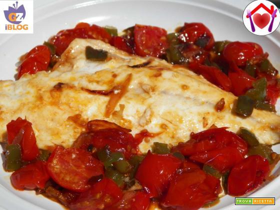 Orata con pomodori e peperoni agrodolci