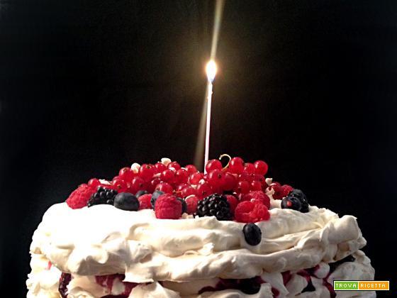 Una pavlova, il mio compleanno e l'elogio delle quarantenni