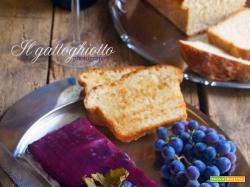 Patè di trota salmonata con gelatina di uva fragola e pane viennese