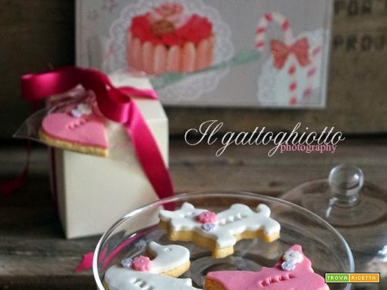 Animaletti di pasta di zucchero per i bimbi