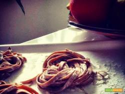 Tagliatelle di castagne con ragout di Hauswurst....