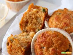 muffin ai piselli e pomodoro