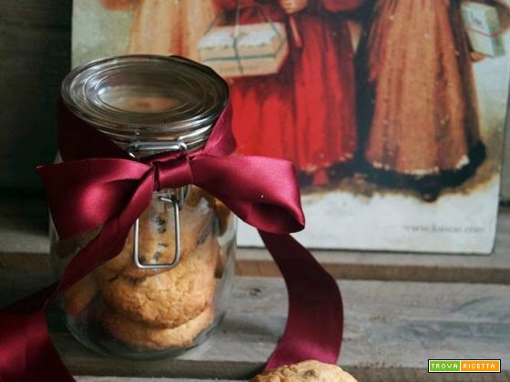 Biscottoni con uvetta e limone