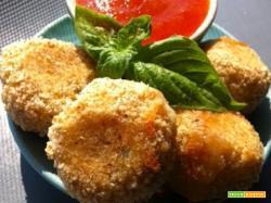 Crocchette di pesce con salsa piccante