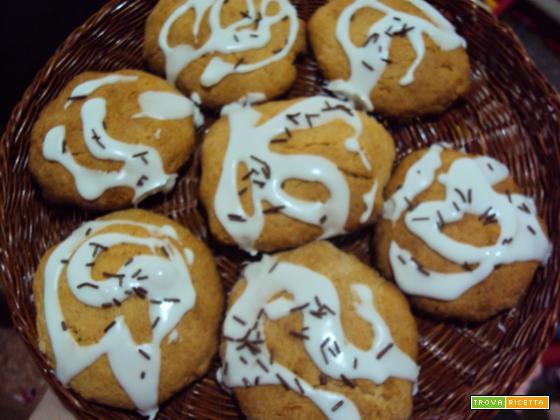 Biscotti di farina di farro integrale glassati