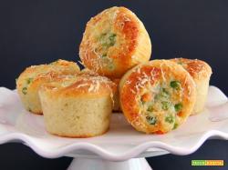 muffin agli albumi con carote e piselli