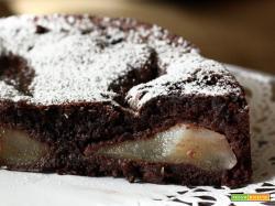 Torta morbida pere e cioccolato