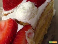 Bimby, Torta di Fragole, Panna e Crema Chantilly