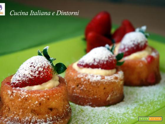 Vulcanetti dolci alla crema e fragole