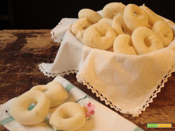Biscotti di fecola di manioca (Biscoito de Polvilho)