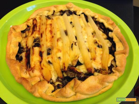 Con e Senza Bimby, Torta Salata con Radicchio Stufato, Emmental ed Asparagi