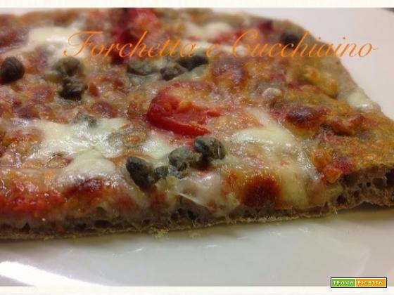 Pizza in teglia croccante al grano arso