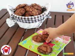 Cookies al cioccolato fondente e mirtilli rossi