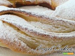 Torta Angelica con zucchero a velo