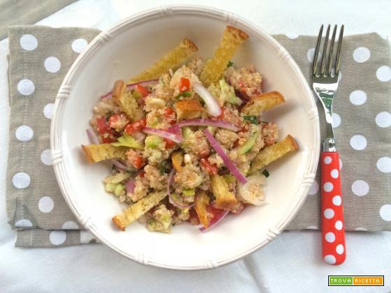 Panzanella croccante di quinoa