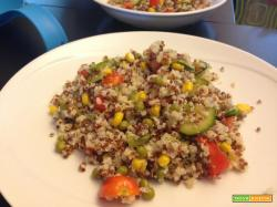Senza Bimby, Quinoa Bianca, Quinoa Rossa e Miglio con Pomodorini Datterini, Mais, Piselli e Zucchine Grigliate