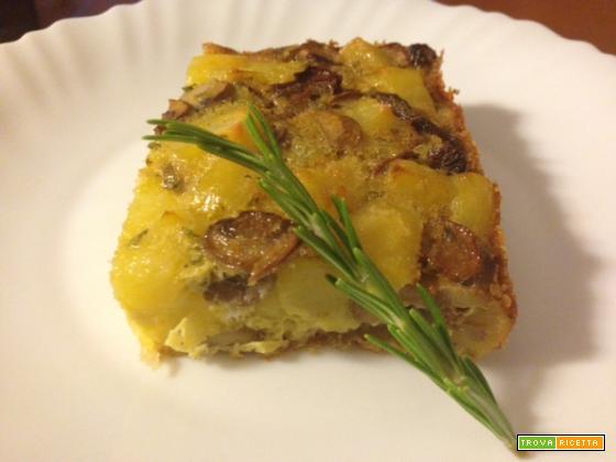 Tortino di patate e funghi al forno