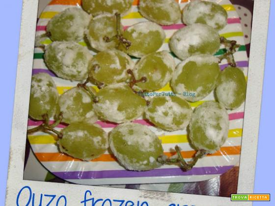 OUZO FROZEN GRAPES by Petra