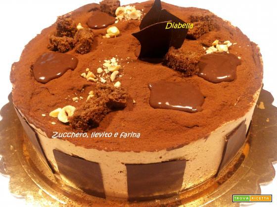 Diabella (Bavarese al cioccolato bianco e nocciola di Montersino)