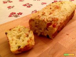 Plumcake di patate con cipolle e olive