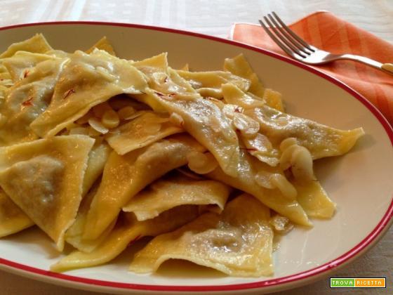 Ravioli di pere e salsiccia