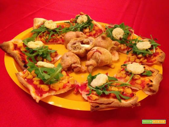 Con e Senza Bimby, Pizza con Mais, Pomodoro, Emmental e Rucola