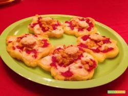 Con e Senza Bimby, Pizzette di Polenta a Fiore con Mais, Pomodoro ed Emmental