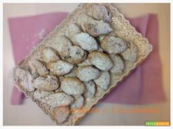 Biscottini veloci con marsala uvetta e pinoli